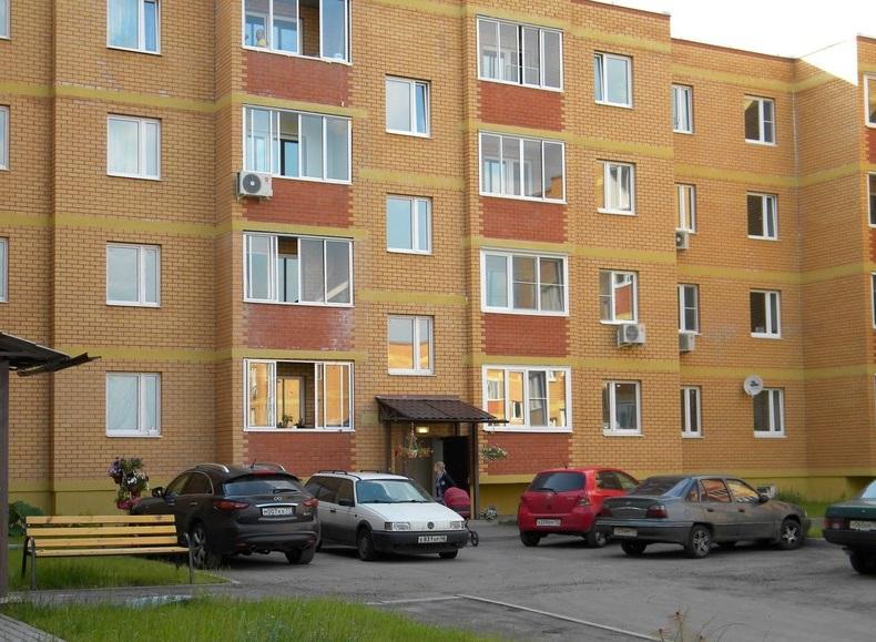 Куплю двухкомнатную квартиру в видном вторичное жилье